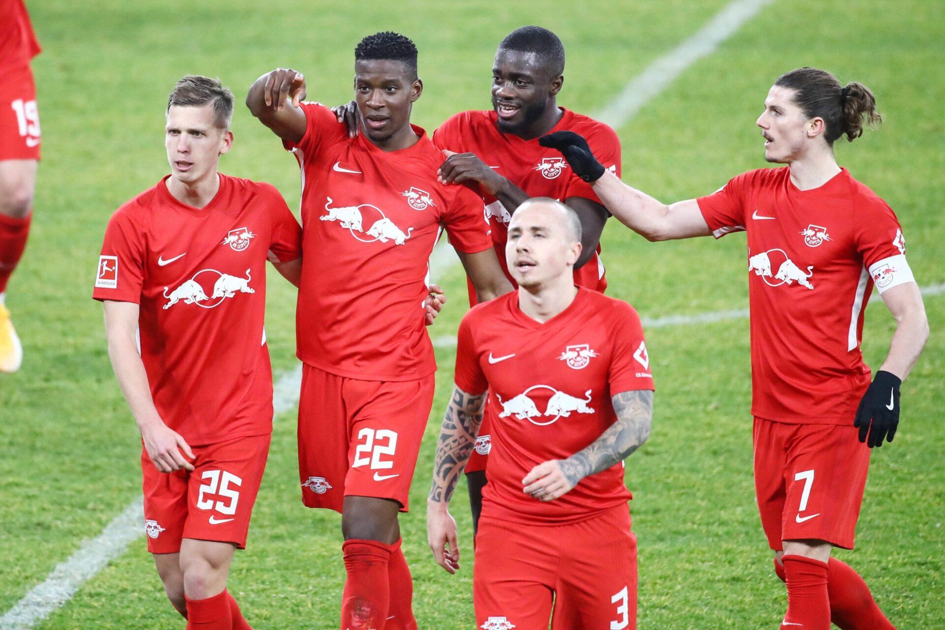 Leipzig est mené par ses deux Français en défense : Nordi Mukiélé et Dayot Upamecano (au centre). Dani Olmo (à gauche), Angeliño (au premier plan) et Marcel Sabitzer (à droite) en sont les principales menaces. Photo Icon Sport