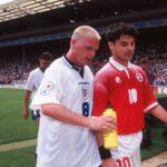Paul Gascoigne en compagnie du Suisse Ciriaco Sforza à lEuro 1996. Photo Eric Renard / Onze / Icon Sport