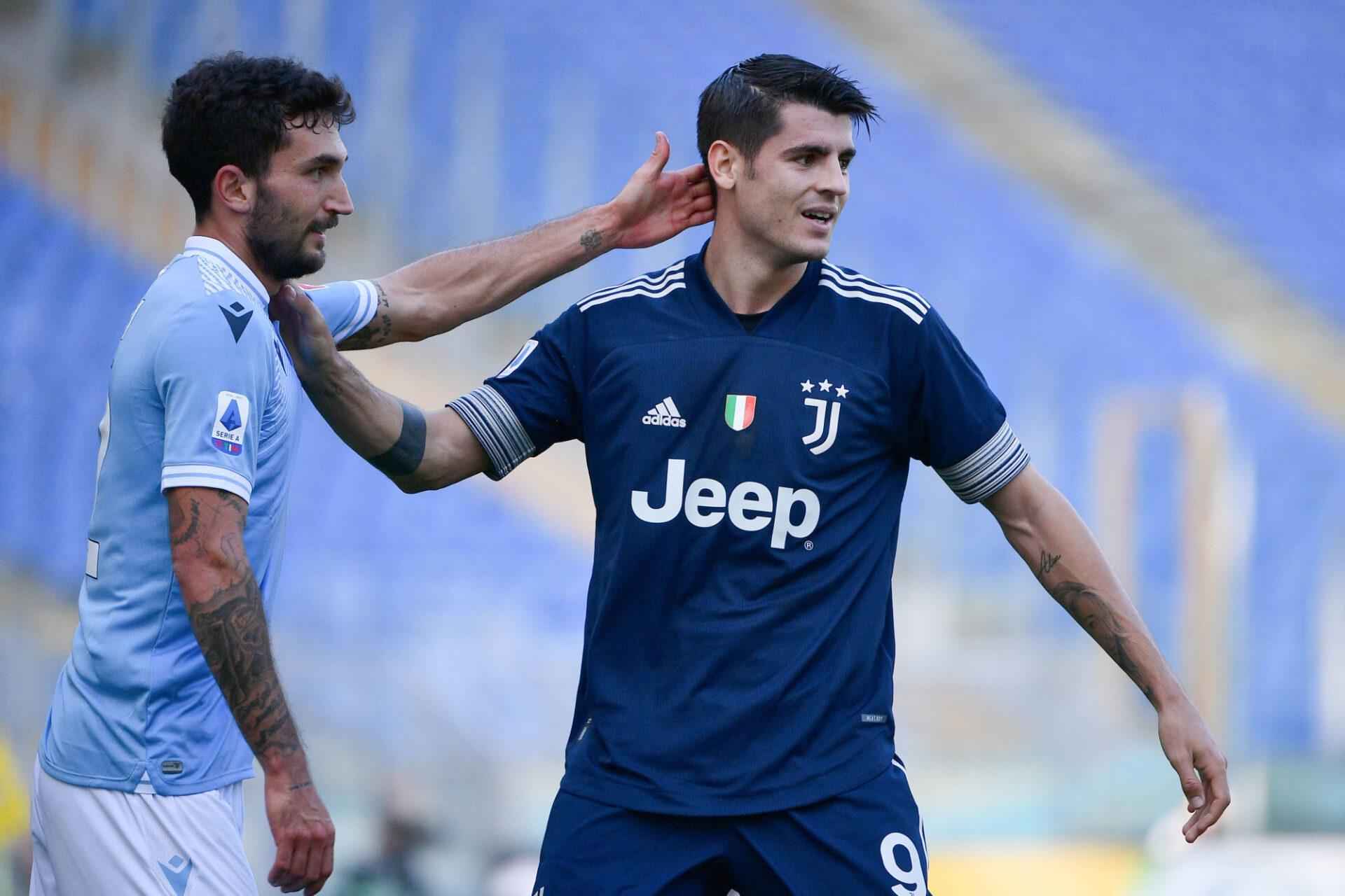 Le 8 novembre, la Lazio a aligné un joueur qui aurait dû être en isolement face à la Juventus d'Alvaro Morata. Icon Sport
