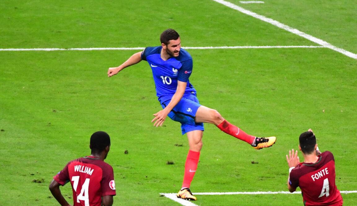 André-Pierre Gignac et cette fameuse frappe sur le poteau en finale de l'Euro 2016 contre le Portugal... Icon Sport
