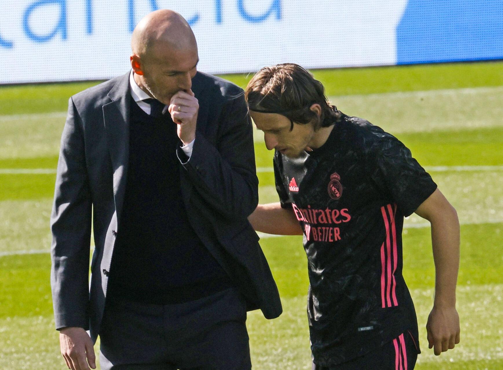 Zinédine Zidane aurait annoncé son départ du Real Madrid à ses joueurs. Icon Sport