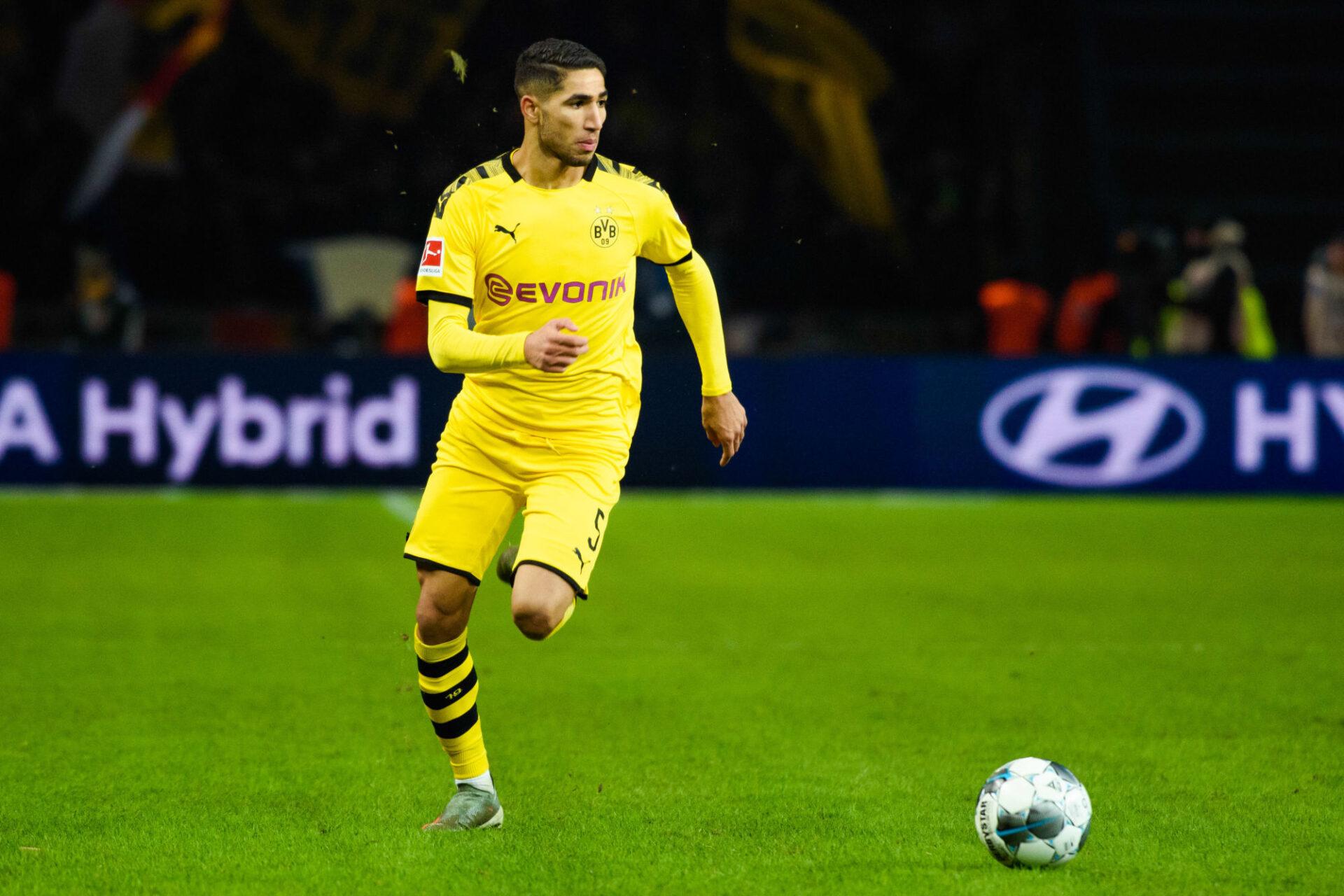 Achraf Hakimi s'est imposé comme un danger public au Borussia Dortmund. Icon Sport