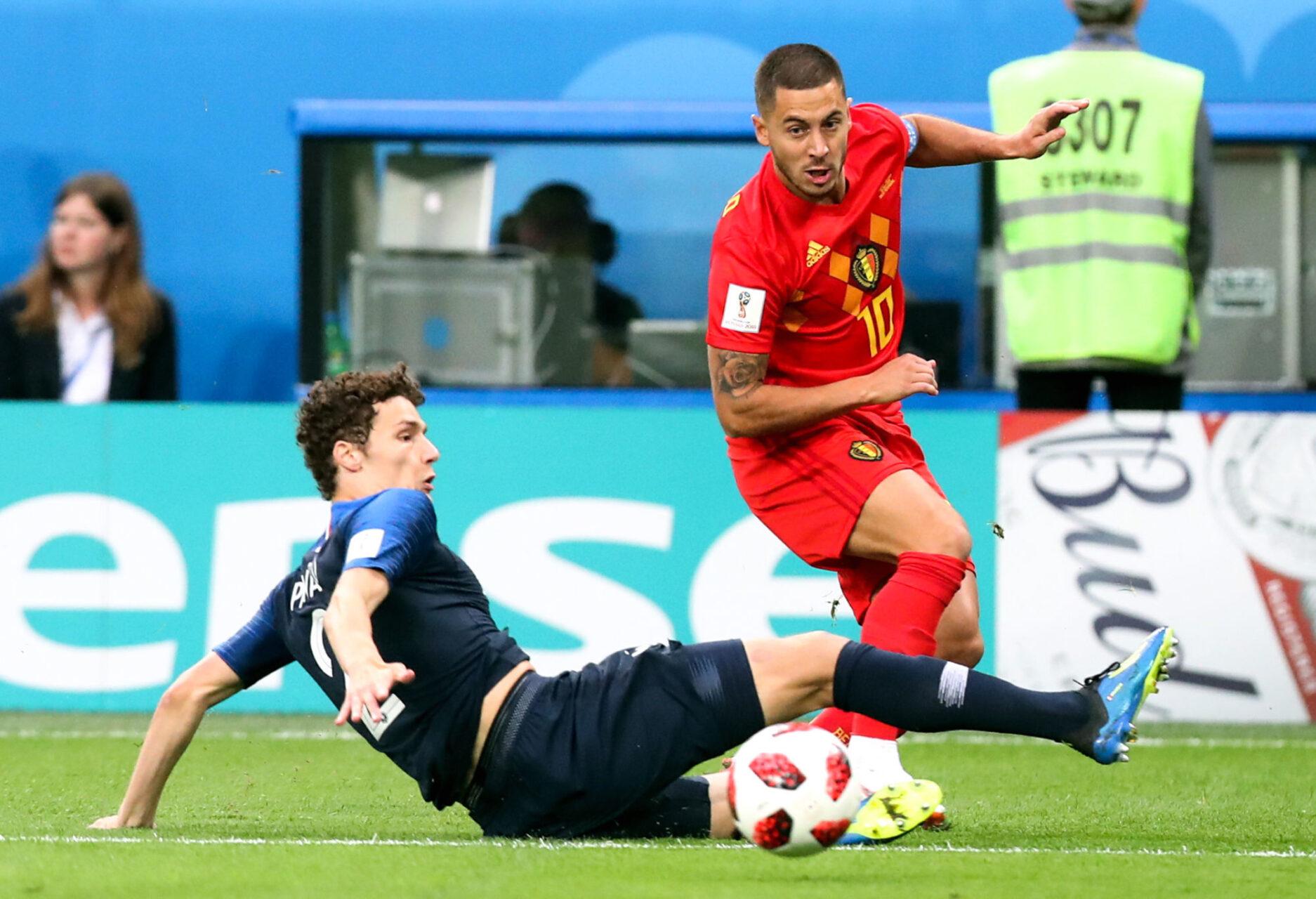 Benjamin Pavard avait souffert face aux ailiers lors de la Coupe du monde, ici face à Eden Hazard lors de la demi-finale contre la Belgique. Icon Sport