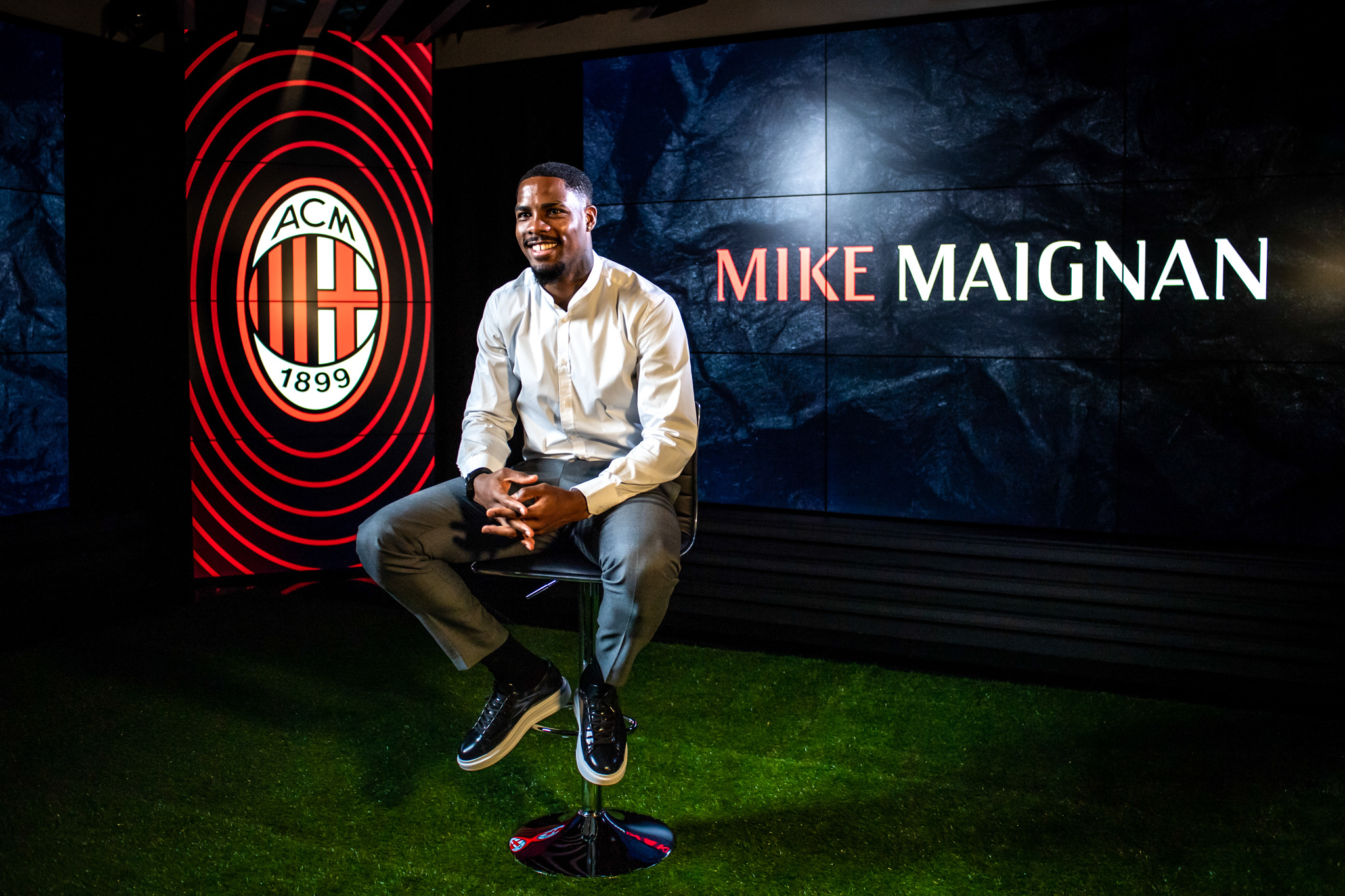 Mike Maignan retrouvera Milan après l'Euro (iconsport)
