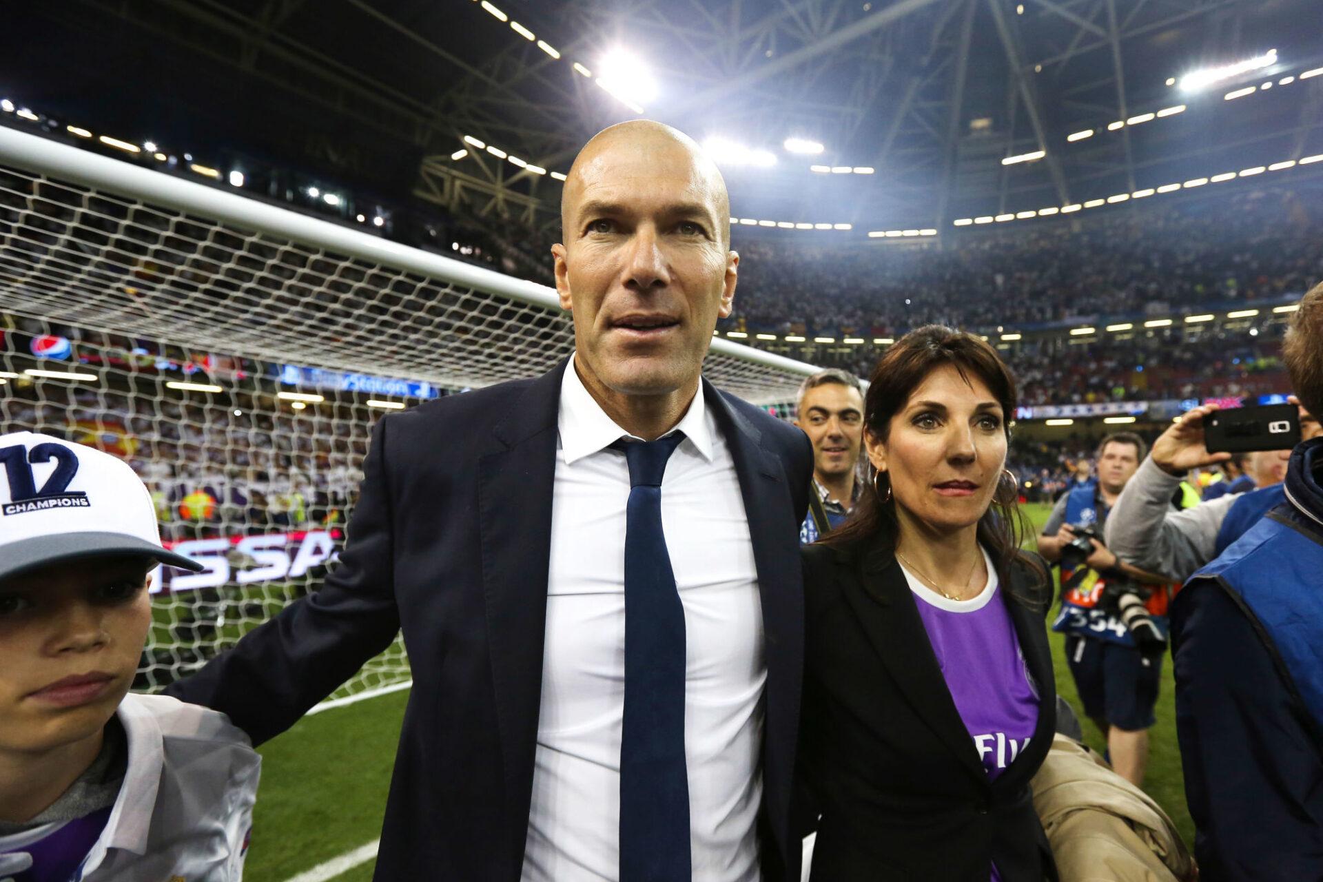 Zinédine Zidane ne serait pas contre un retour à la Juve, lui qui y a joué entre 1996 et 2001. Icon Sport