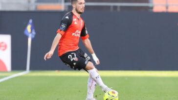 Adrian Grbic est particulièrement énervé contre son entraineur (iconsport)