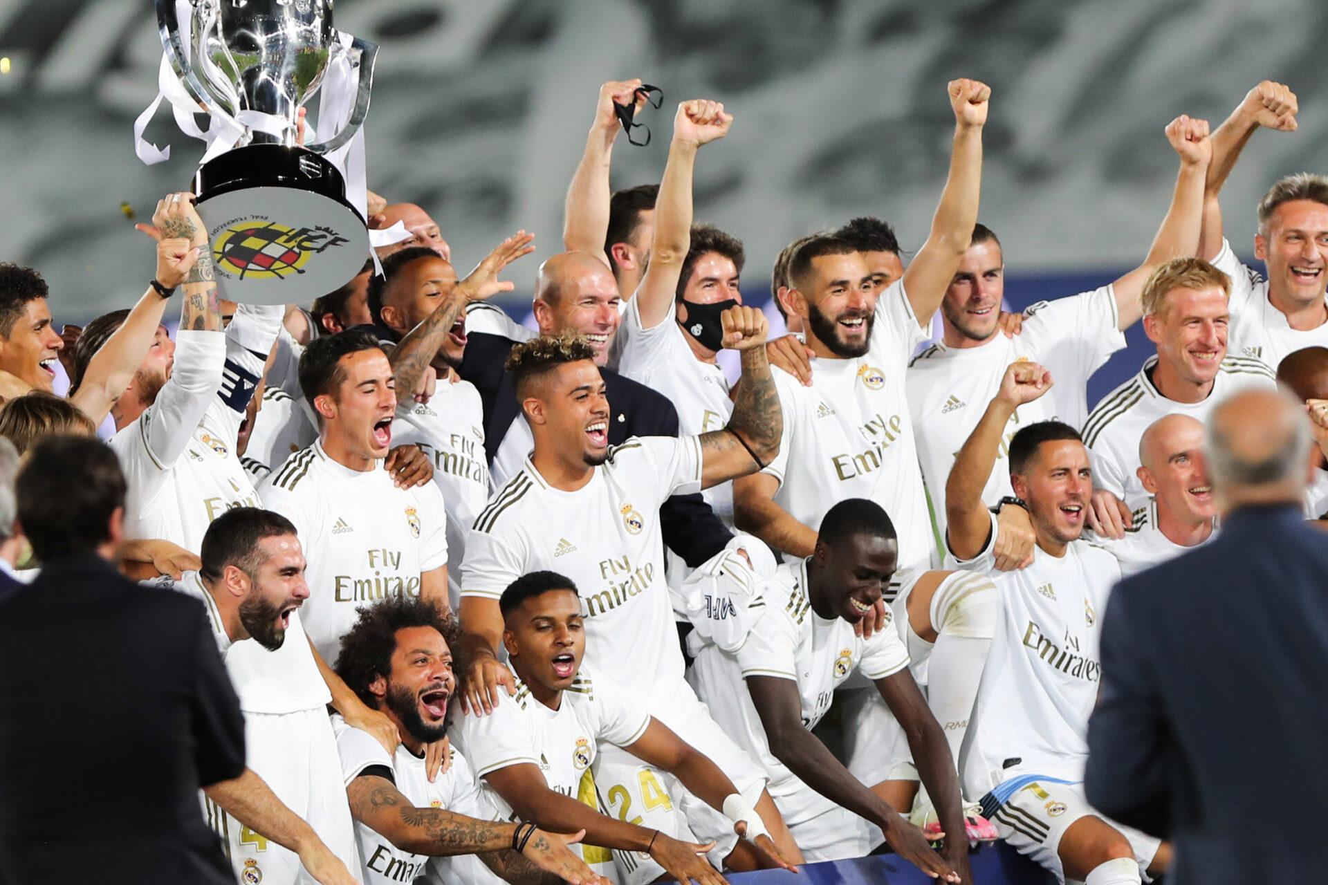 Pour son deuxième passage sur le banc du Real, Zidane aura soulevé un second titre de champion d'Espagne en 2020 (iconsport)