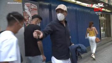 Zinédine Zidane s'est accroché avec un journaliste qui l'a interpellé dans la rue - Images Directo Gol
