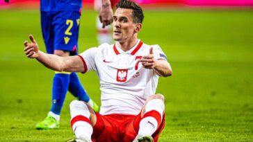 Touché avec l'OM lors de la 38e journée de Ligue 1, Milik est contraint de déclarer forfait pour l'Euro (iconsport)