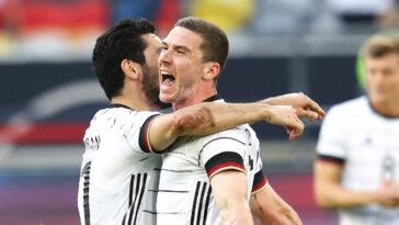 Joachim Löw a rendu hommage à Robin Gosens après la performance magistrale du piston gauche allemand contre le Portugal. Icon Sport