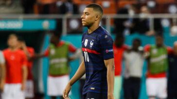 Kylian Mbappé s'est dit désolé après l'élimination des Bleus de l'Euro 2020 contre la Suisse. Icon Sport