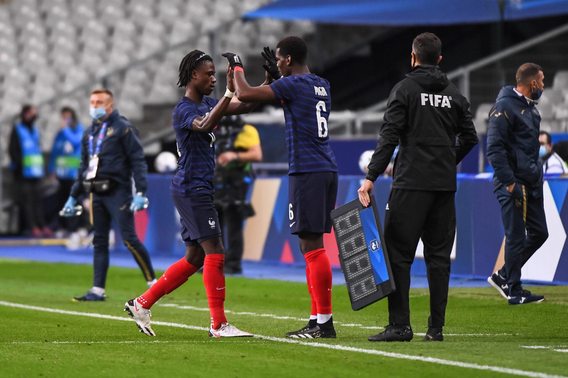 Alors que Paul Pogba est annoncé en partance de Manchester United et que Paris s'intéresse à son profil, le dossier Camavinga pourrait être directement lié à celui du champion du monde 2018 (iconsport)