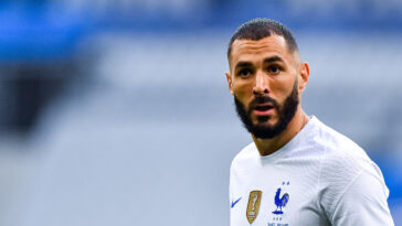 Sorti par précaution contre la Bulgarie, Karim Benzema ne souffre que d'un coup et sera disponible contre l'Allemagne mardi prochain (iconsport)