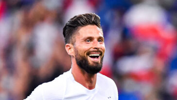 Remplaçant au coup d'envoi contre la Bulgarie, Olivier Giroud a inscrit un doublé. Icon Sport