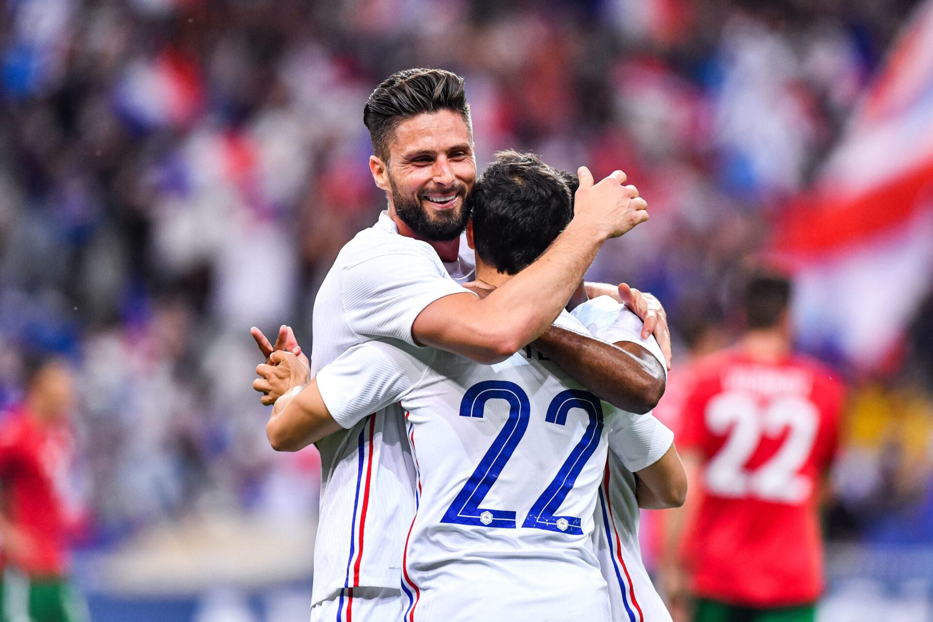 Servi par Pavard et Ben Yedder sur ses deux buts, Giroud a pris le soin de les remercier après la rencontre (iconsport)