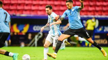 Lionel Messi et l'Argentine décrochent leur première victoire dans cette Copa America 2021 en prenant le meilleur sur une triste Uruguay (iconsport)