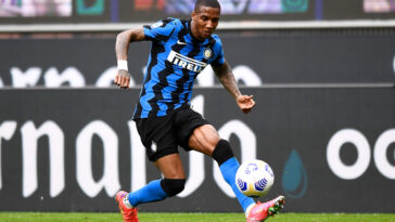 Après une saison passée à l'Inter, Ashley Young retourne à Aston Villa. Icon Sport