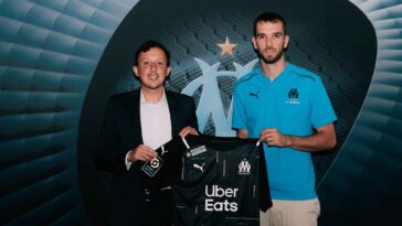 Pau López est officiellement prêté à Marseille. Le club dispose d'une option d'achat de 12 millions d'euros laquelle pourrait être automatiquement levée selon certaines conditions (OM)