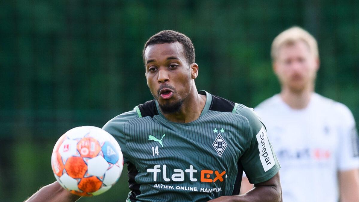 Alors qu'il a un bon de sortie de la part de Mönchengladbach, Alassane Pléa pourrait retrouver la Ligue 1. L'attaquant international français est pisté par Lyon et Rennes (iconsport)