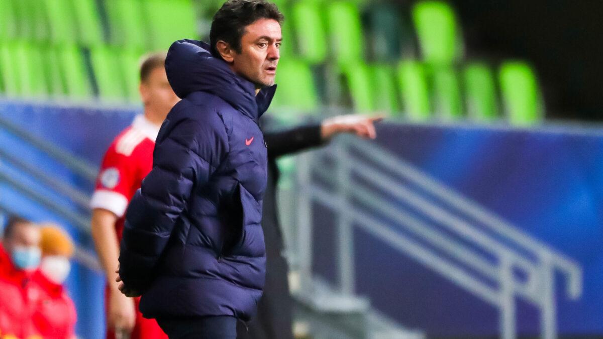 Sylvain Ripoll attend une réaction de ses joueurs (iconsport)