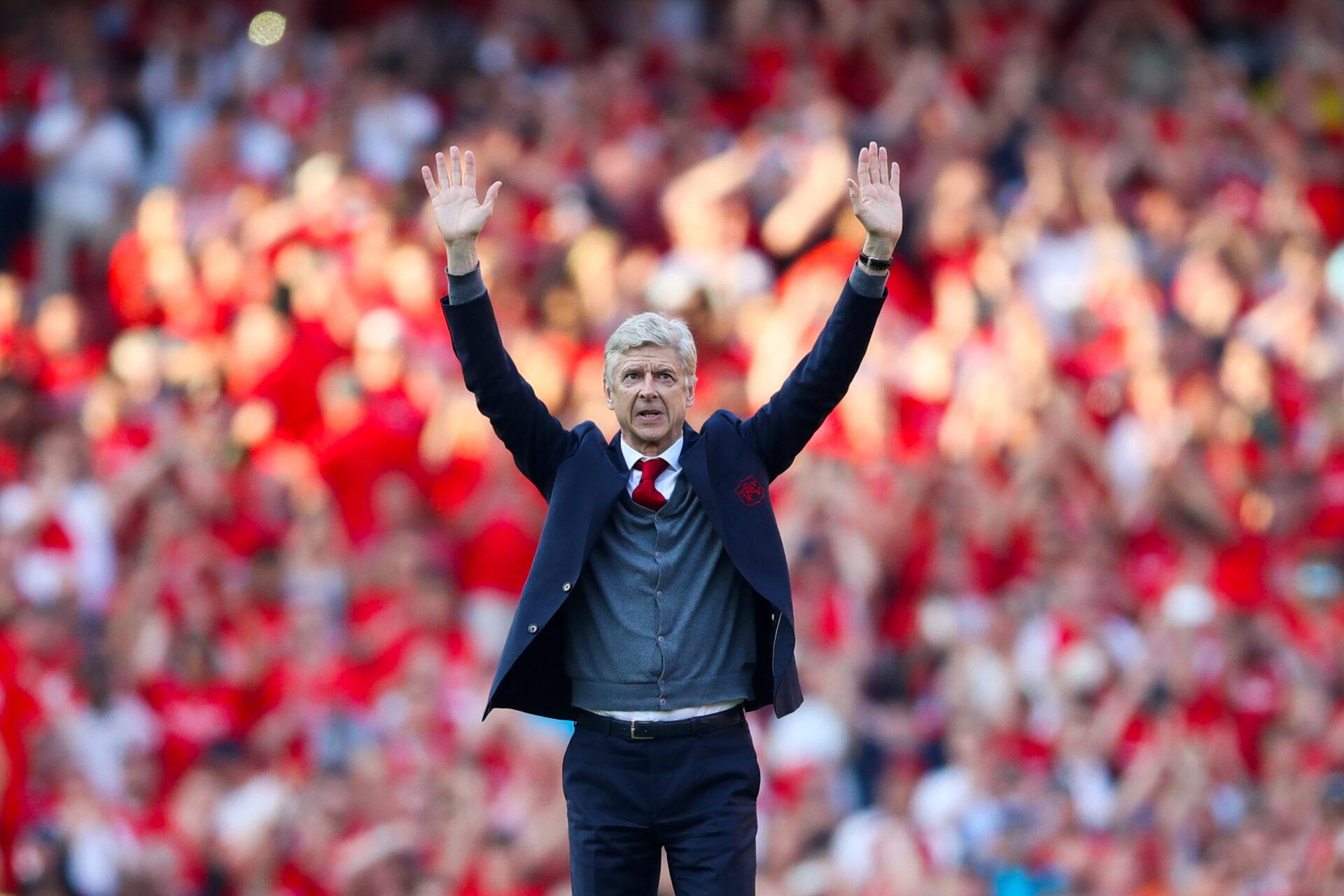Arsène Wenger pourrait se lancer un nouveau challenge en prenant les rênes d'une sélection pour la première fois de sa carrière (iconsport)