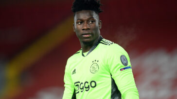 Cible fixée par Peter Bosz, André Onana se rapproche de l'OL. Le gardien camerounais de l'Ajax s'est entendu avec Lyon autour d'un contrat de 5 saisons, selon L'Equipe (iconsport)