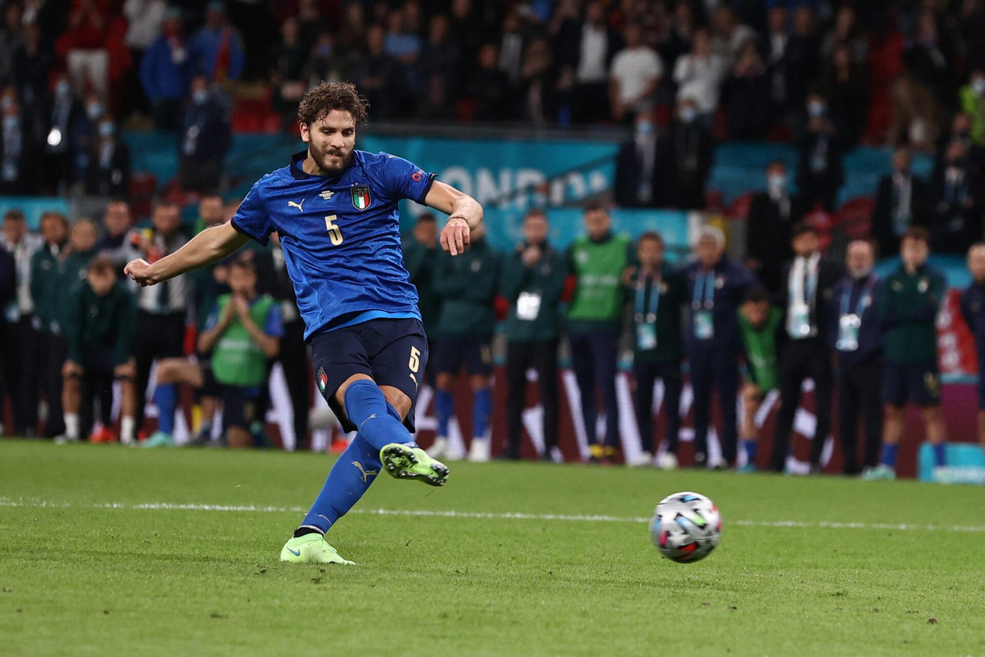 Manuel Locatelli, champion d'Europe avec l'Italie, est dans le viseur de la Juve. Icon Sport