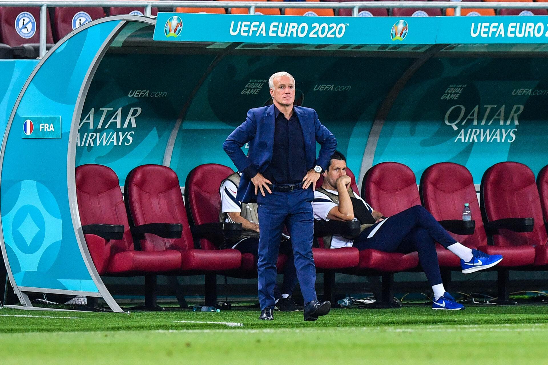 Didier Deschamps soutenant l'équipe de France (Icon Sport)