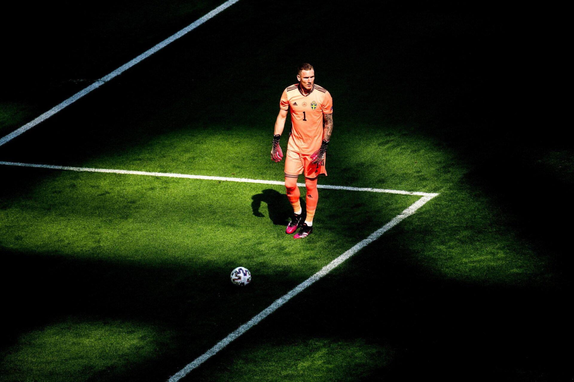 À deux ans de la fin de son contrat, Olsen devrait quitter Rome et pourrait découvrir la Ligue 1 (iconsport)