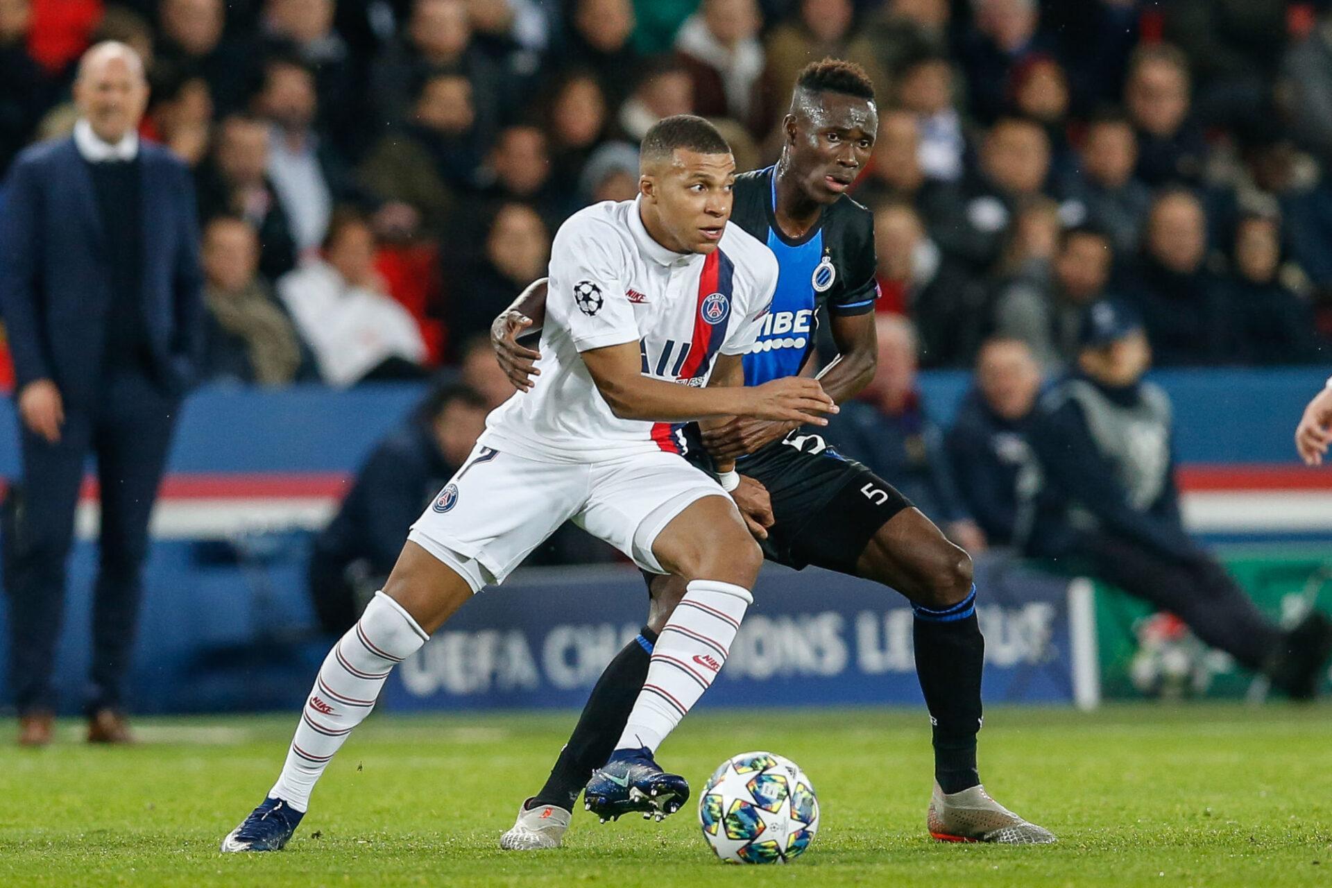 En 2019, Odilon Kossounou a dû se coltiner Kylian Mbappé et le PSG, alors qu'il avait seulement 18 ans, qu'il effectuait son baptême du feu en Ligue des champions et qu'il dépannait à un poste inédit de latéral droit ! Icon Sport