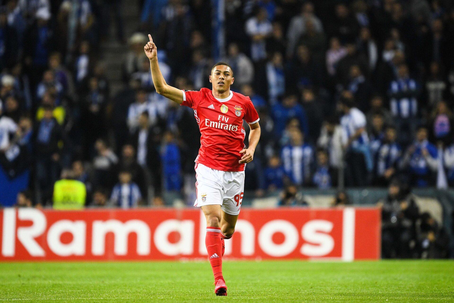 Carlos Vinicius intéresserait l'Eintracht Francfort en plus de Nice (iconsport)