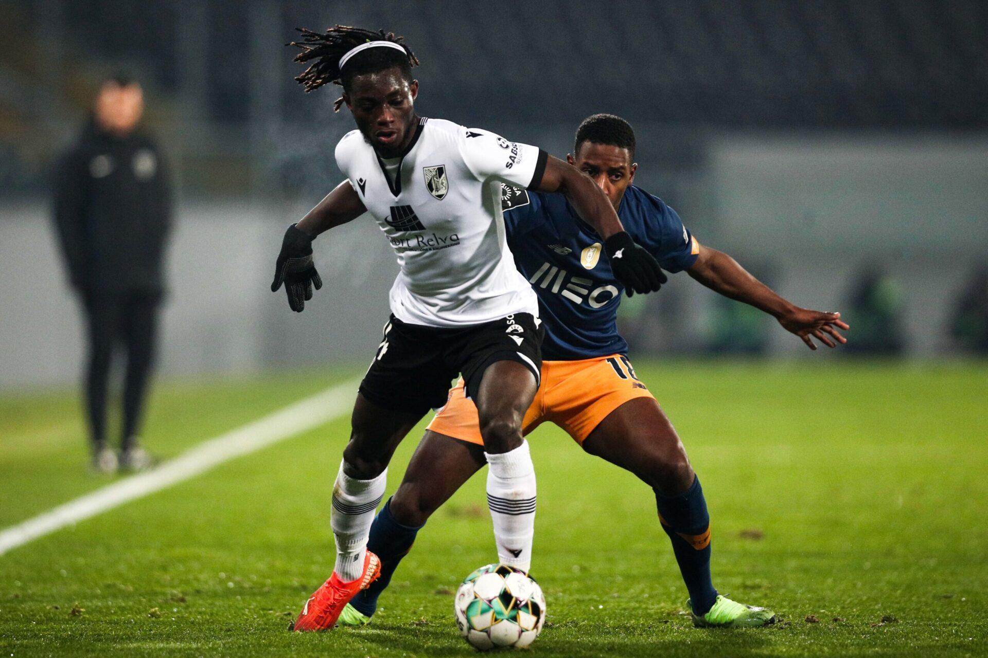 La saison passée, Gideon Mensah était prêté par le RB Salzbourg au Vitória Guimarães où il a disputé 23 rencontres (iconsport)