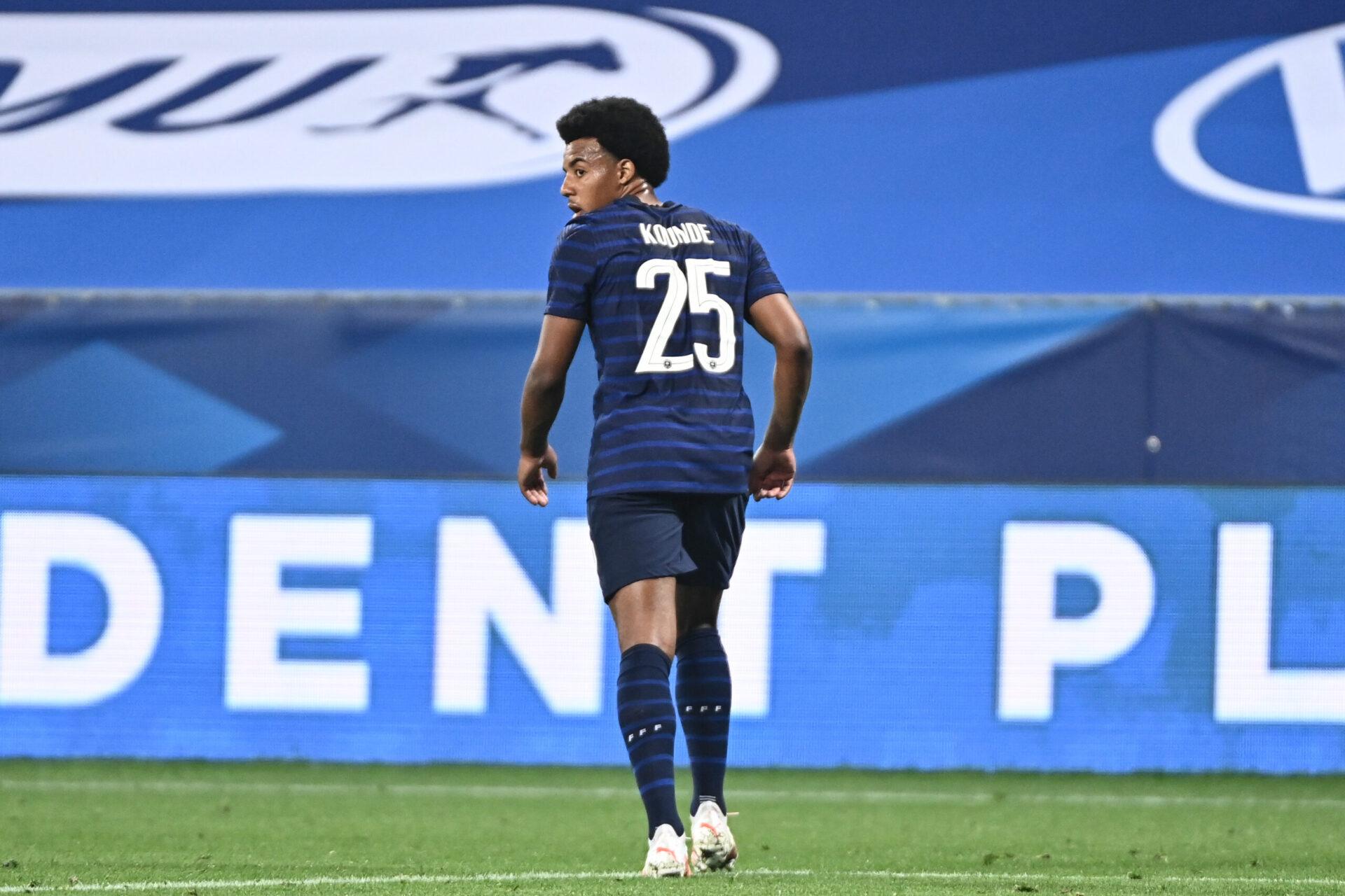 L'international français Jules Koundé ne dispose pas d'offres pour quitter l'Espagne cet été. Icon Sport