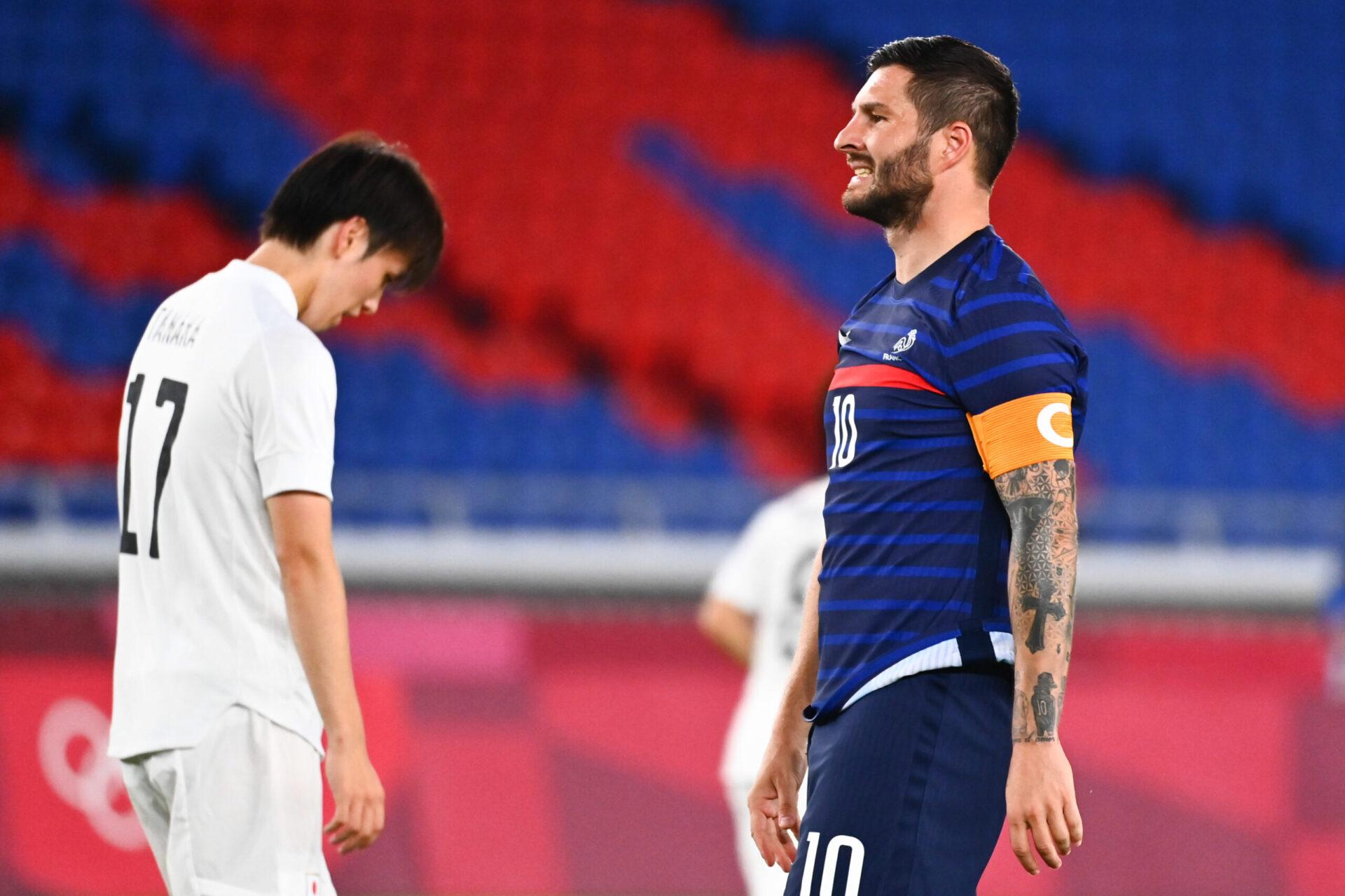 La déception de Gignac lors du match face au Japon (iconsport)