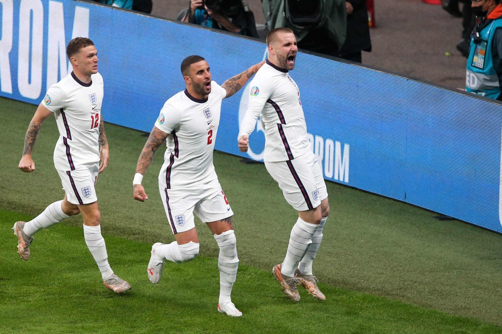 Kierran Trippier (à gauche) et Luke Shaw (à droite) étaient les pistons de l'équipe d'Angleterre lors de la finale de l'Euro 2020 contre l'Italie. Le second avait d'ailleurs marqué le premier but de la finale @iconsport