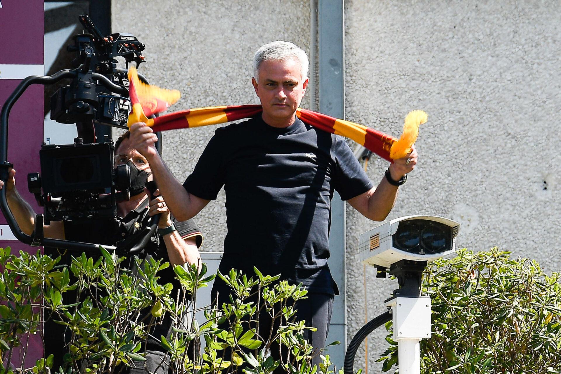 José Mourinho lors de sa présentation aux fans de la Roma. Iconsport