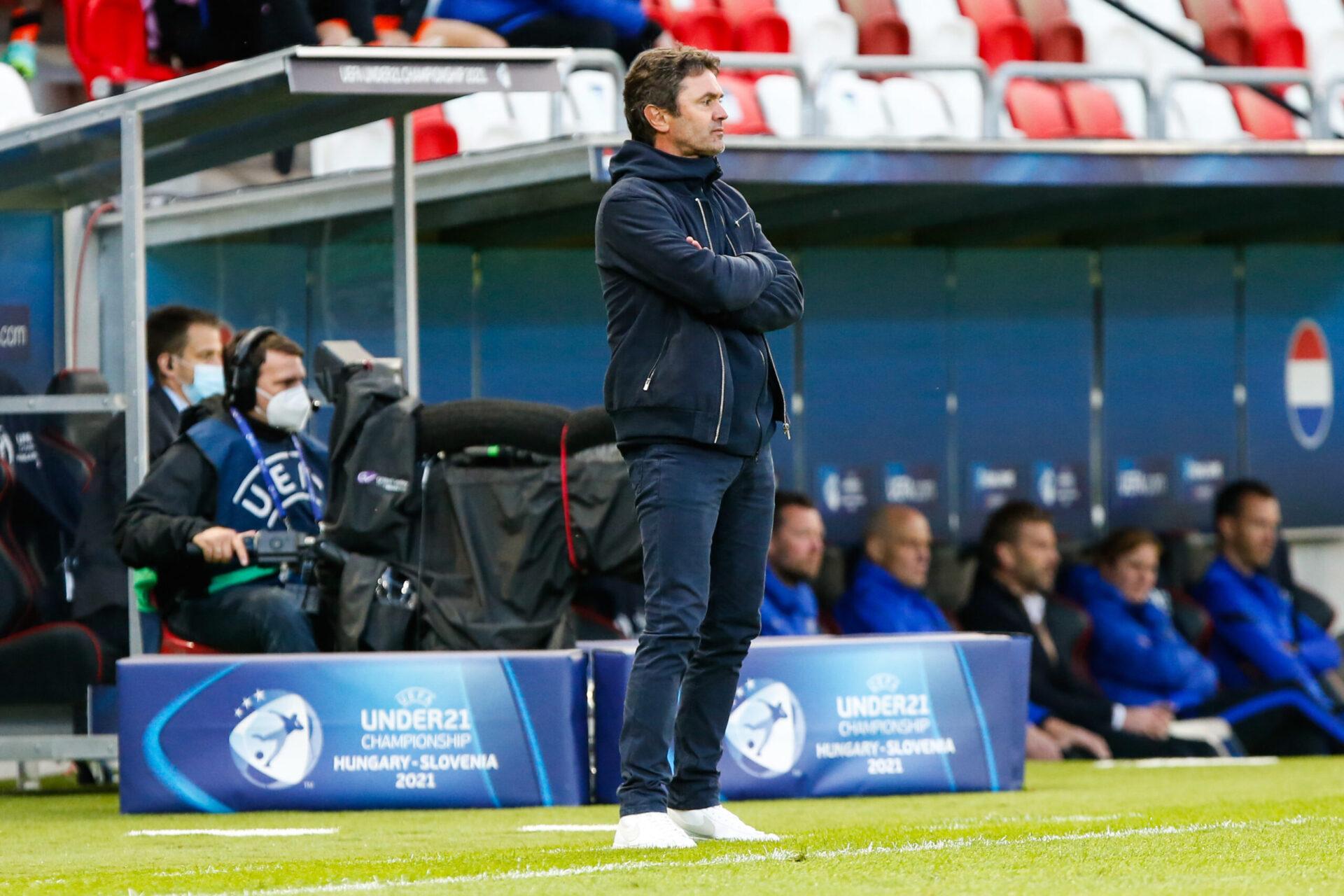 Sylvain Ripoll sur le banc des Bleus (iconsport)