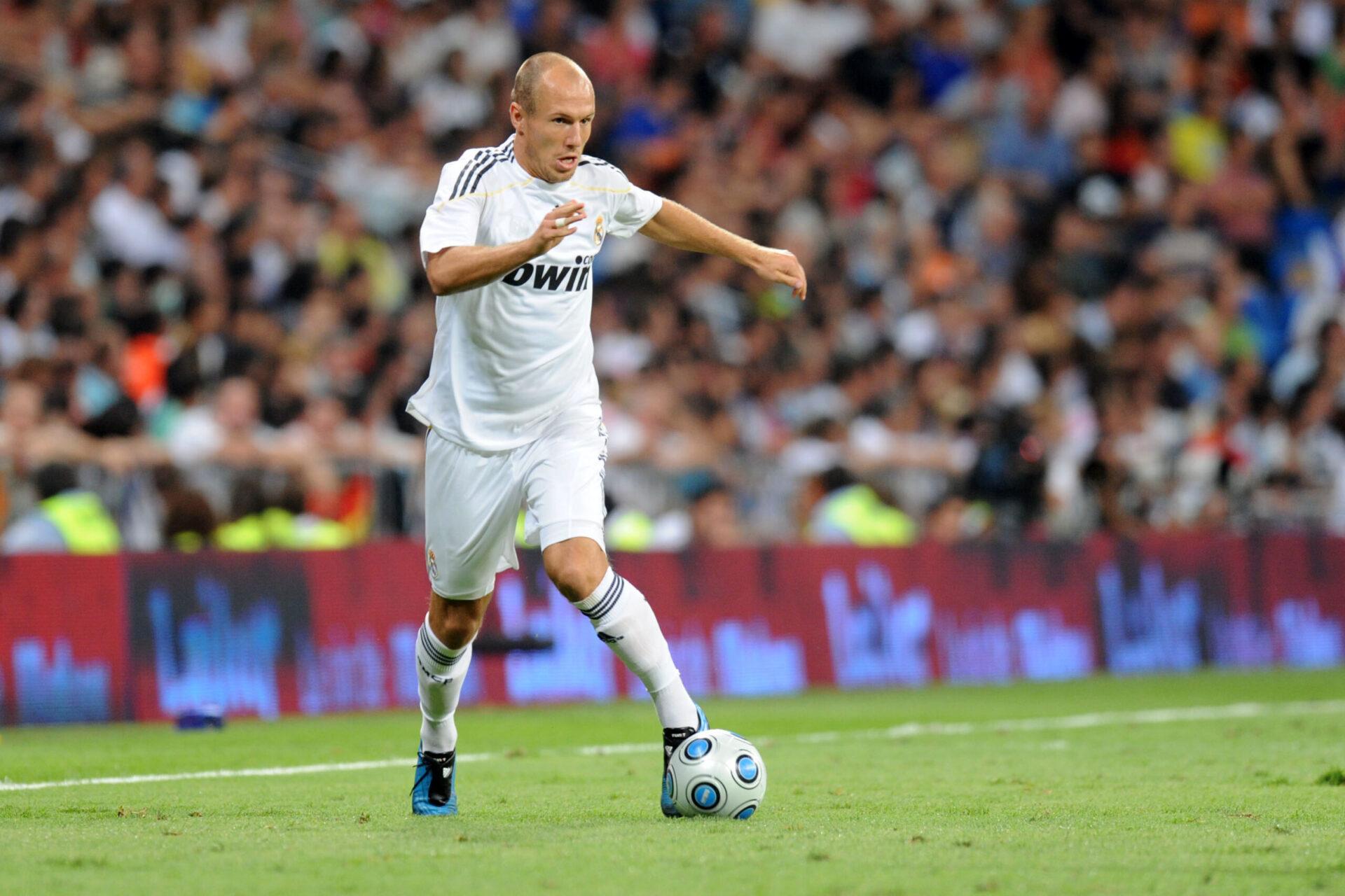 Après deux saisons à Chelsea et deux au Real, Arjen Robben a trouvé de la continuité au Bayern Munich à l'été 2009 (iconsport)