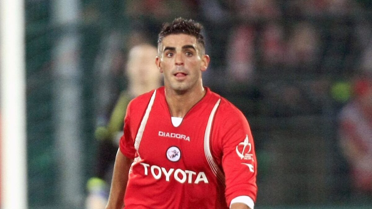 Williams Martinez, ancien défenseur de Valenciennes et Reims, s'est suicidé à 38 ans. Icon Sport