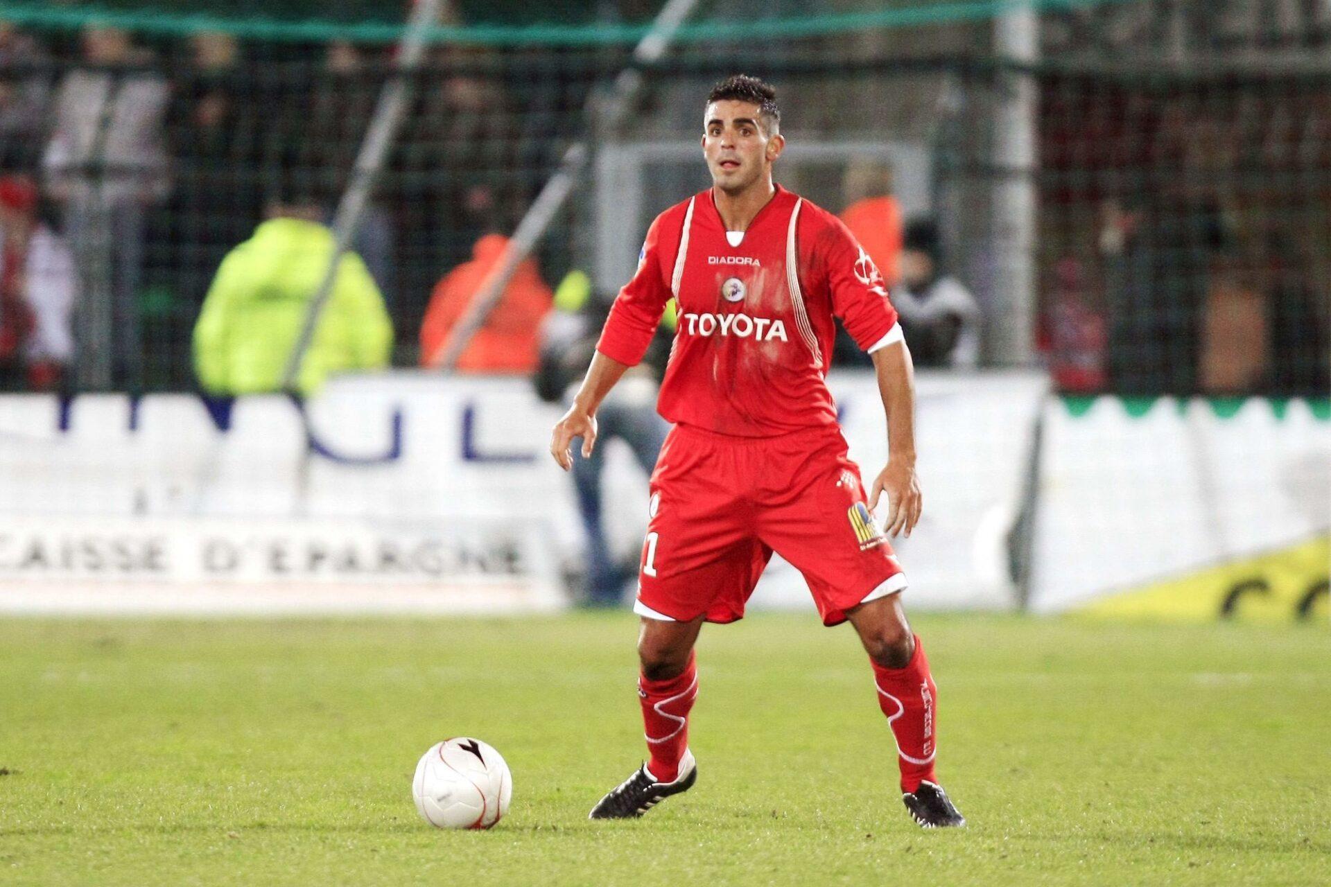 Williams Martinez en 2008 avec le maillot de Valenciennes contre Saint-Etienne en Ligue 1. Icon Sport