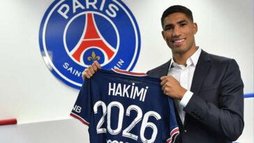 Achraf Hakimi s'est engagé officiellement avec Paris ce mardi. Il a signé pour 5 ans et est la deuxième recrue de l'été après Georginio Wijnaldum (PSG)