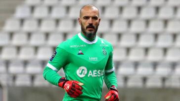 Après toute une carrière passée à Saint-Etienne, Jessy Moulin s'engage pour deux saisons avec Troyes, promu en Ligue 1 (iconsport)