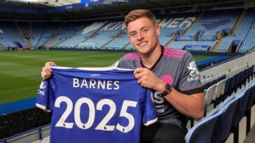 Harvey Barnes sera encore l'un des nombreux atouts offensifs des Foxes cette saison. @Leicester