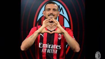 Alessandro Florenzi a rallié l'AC Milan en prêt avec option d'achat. @AC Milan