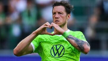 L'Inter Milan s'intéresse à l'attaquant néerlandais de Wolfsburg Wout Weghorst. Icon Sport