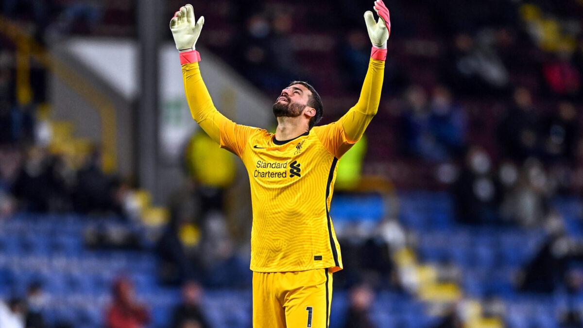 Alisson Becker réussissant à Liverpool (Icon Sport)