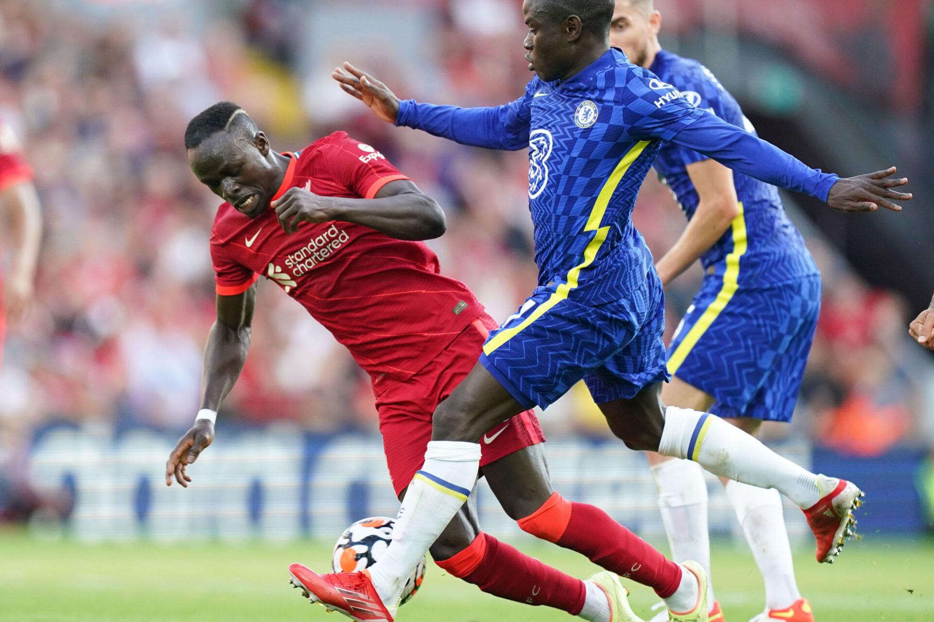 N'Golo Kanté et Chelsea ont tenu le point du match nul en résistant à Liverpool à dix contre onze pendant 45 minutes. Icon Sport