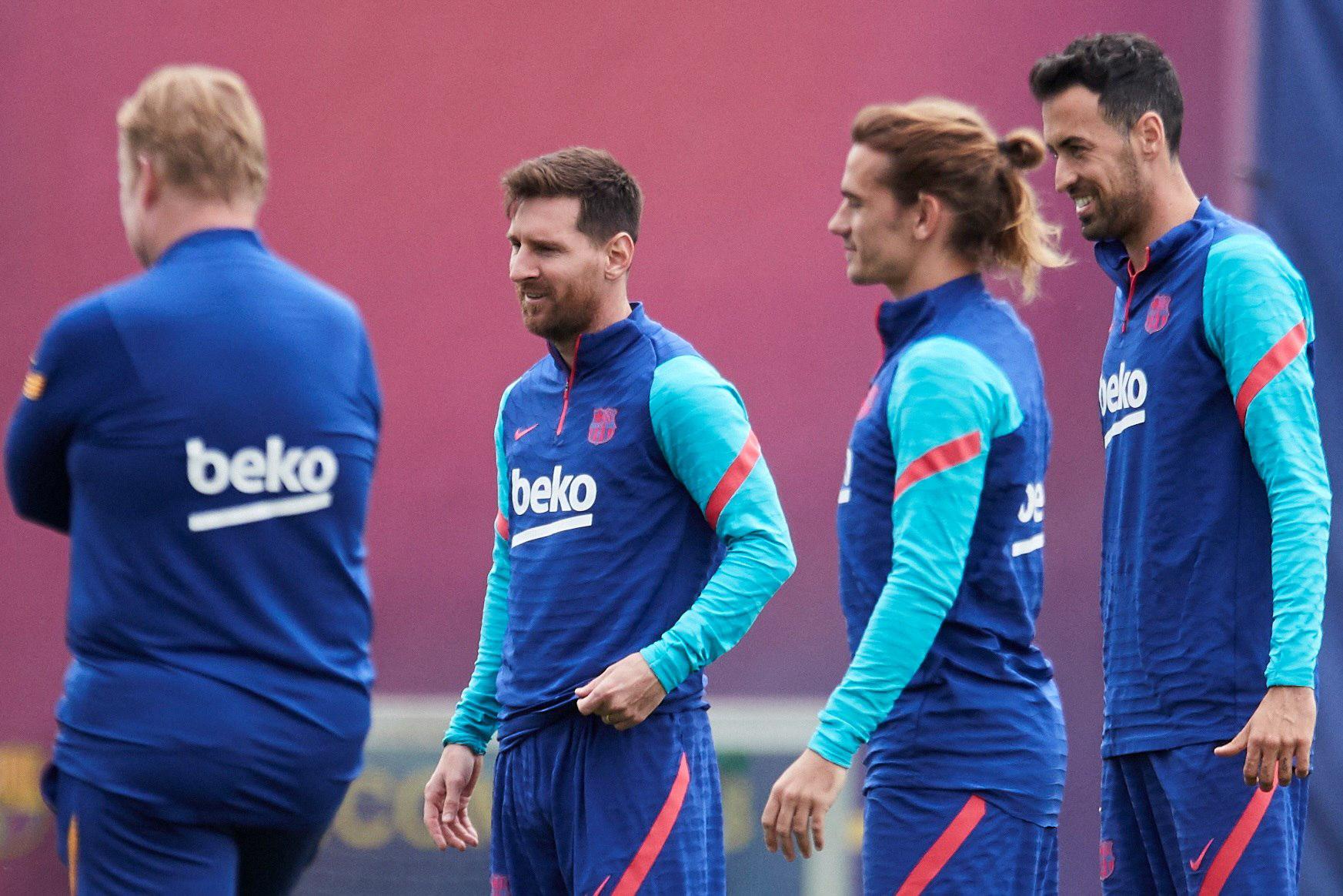 Contrairement à ses coéquipiers, et les nouvelles recrues Agüero et Emerson notamment, Lionel Messi ne sera pas au rendez-vous de la reprise de l'entraînement du FC Barcelone ce lundi 2 août (iconsport)