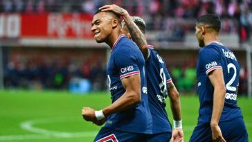 Porté par Kylian Mbappé, auteur d'un doublé, le PSG s'impose face au Stade de Reims. Icon Sport