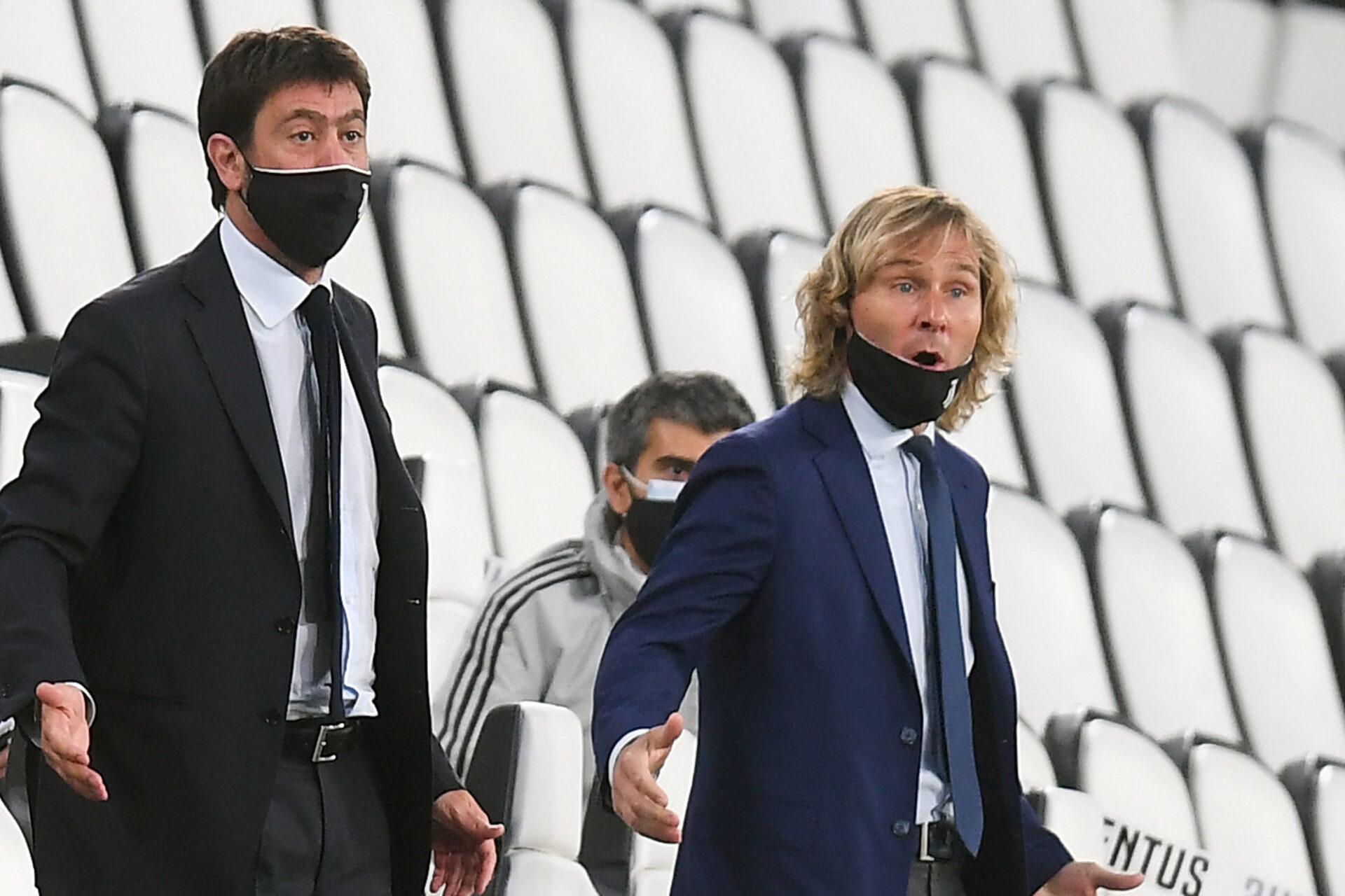 Le patron de la Juventus, Andrea Agnelli (à gauche), et le vice-président Pavel Nedved (à droite), n'étaient plus forcément désireux de conserver Cristiano Ronaldo, qui n'a pas engendré les bénéfices économiques espérés. @iconsport